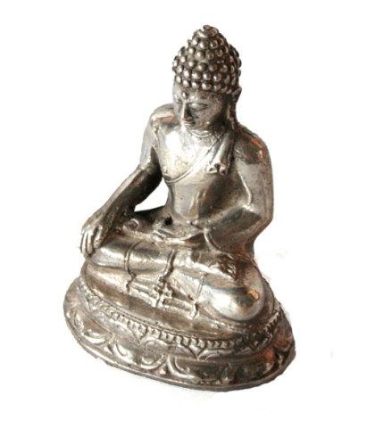 Liten buddhastatyett, försilvrad brons