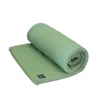 Yogamatta för Yinyoga, av naturlatex med salviagrönt fodral