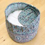 Meditationskudde mönstrad, Turkos-grå, ekologisk bomull, fylld med boveteskal