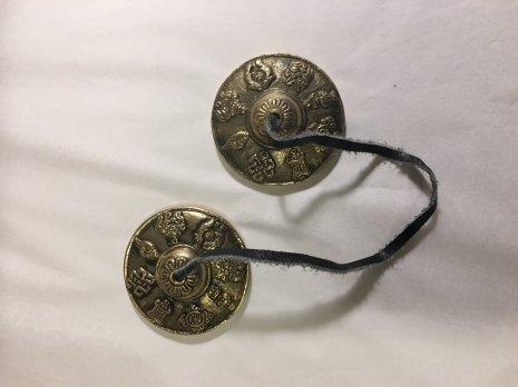 Tingshas, mönstrade tibetanska klockor